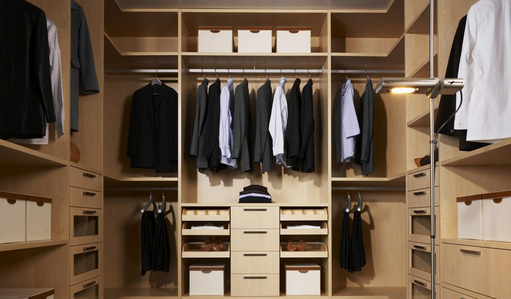 Oak Walk In Wardrobe