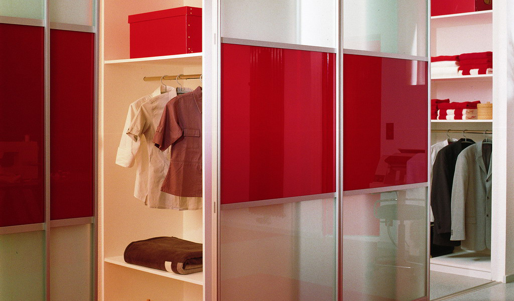Sliding Doors Walk In Wardrobe